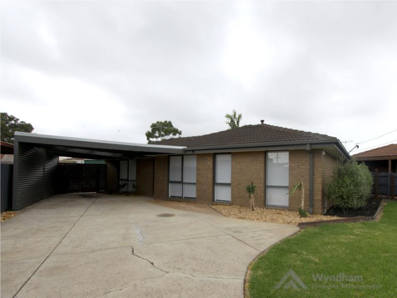 Stunningly Renovated In Central Wyndham Vale Location