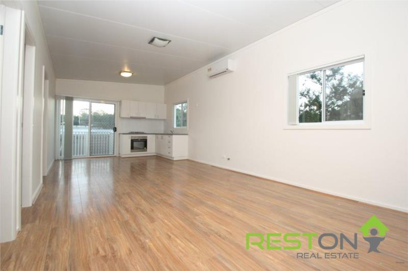 LALOR PARK - GRANNY FLAT WITH ALL THE MODERN INCLUSIONS!