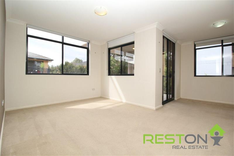 BLACKTOWN - OPEN HOUSE CANCELLED! DEPOSIT TAKEN!MODERN APARTMENT ONLY MINUTES WALK TO SHOPS AND STATION!