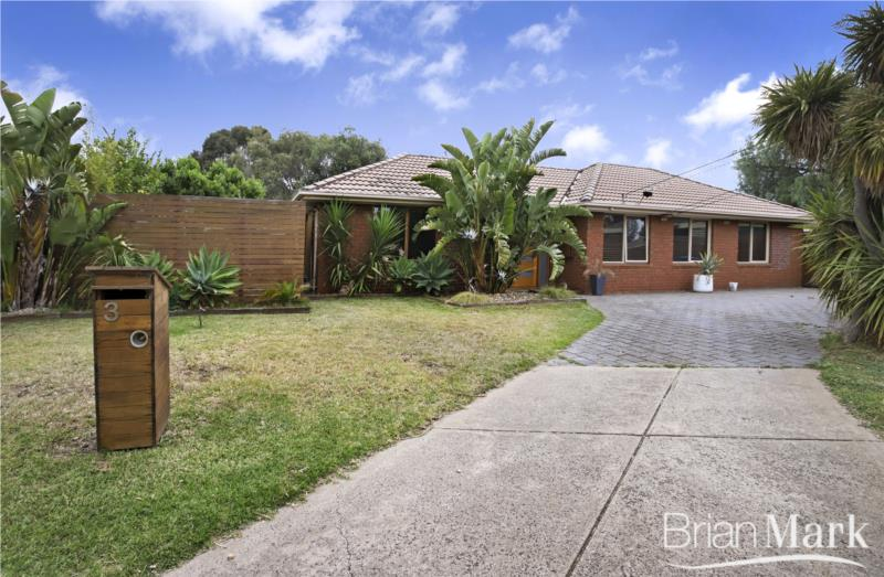 Inviting Family Home In Great Location