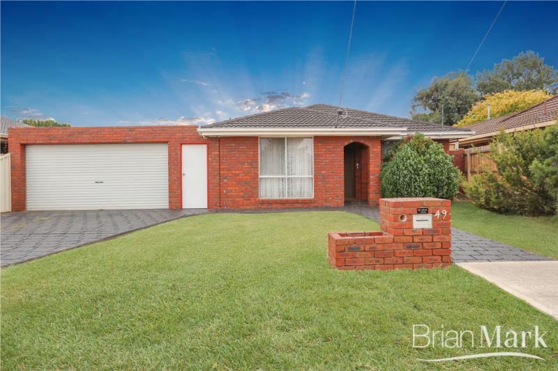 Well Loved Family Home In Popular Mossfiel