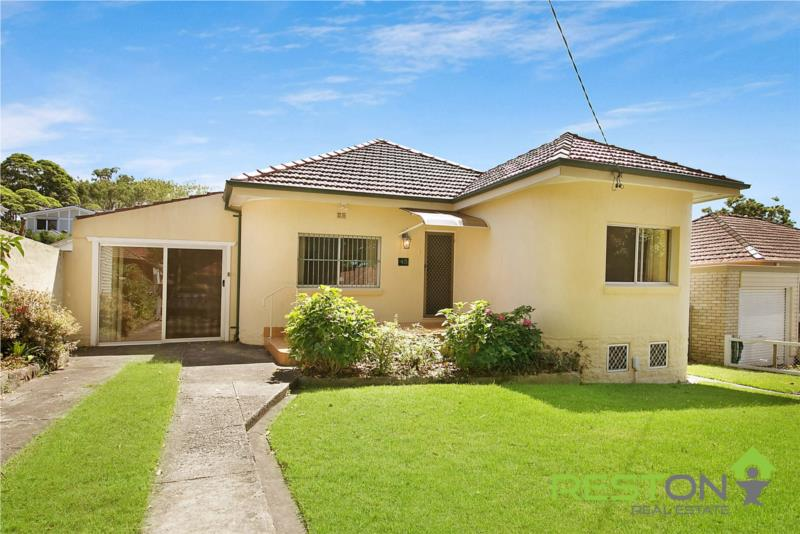SEAFORTH - AUCTION CANCELLED - PROPERTY SOLD