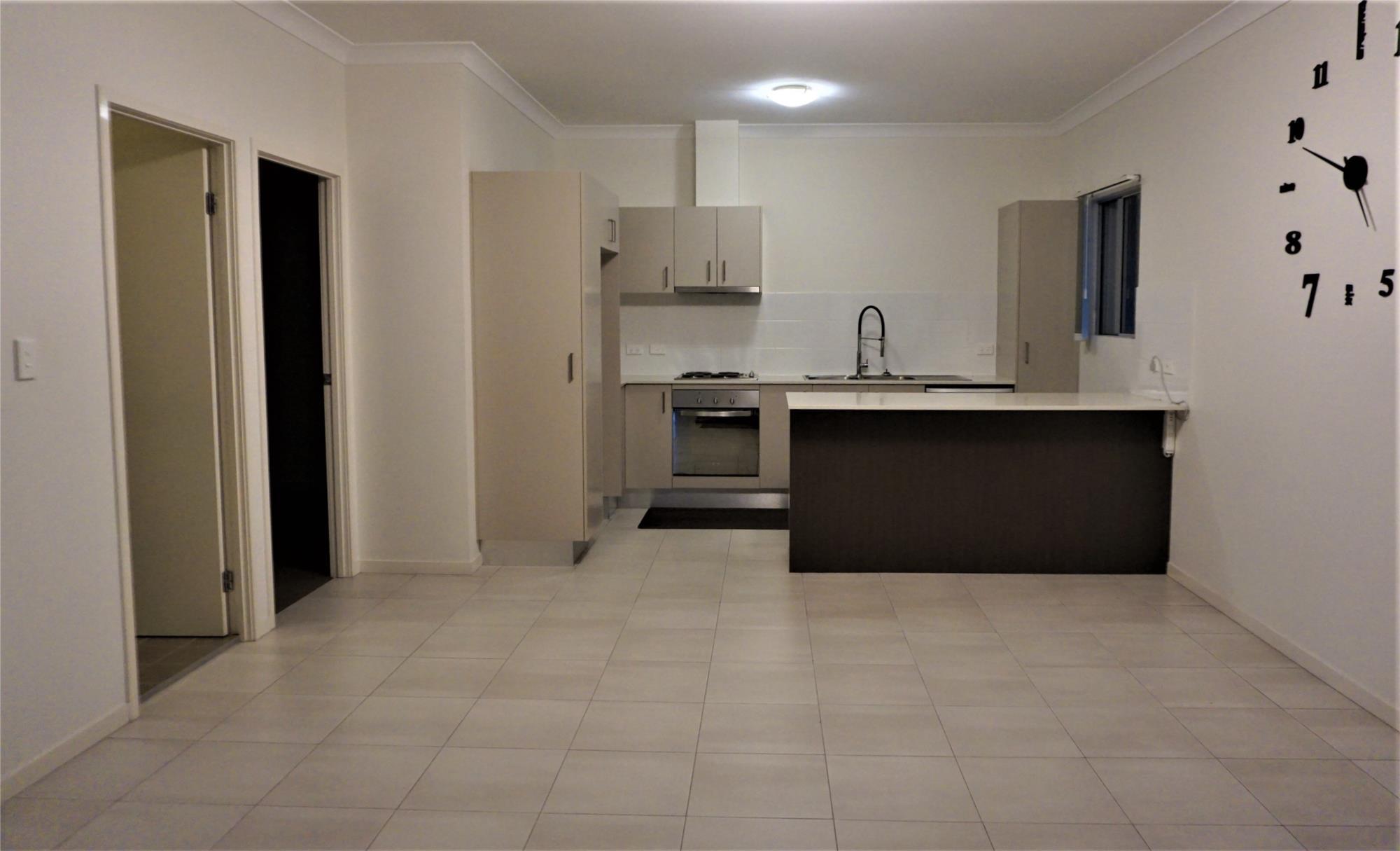 property-image-0